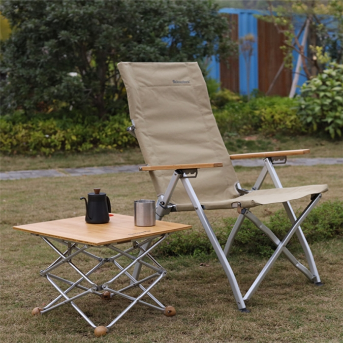 Recliner Camp Chair